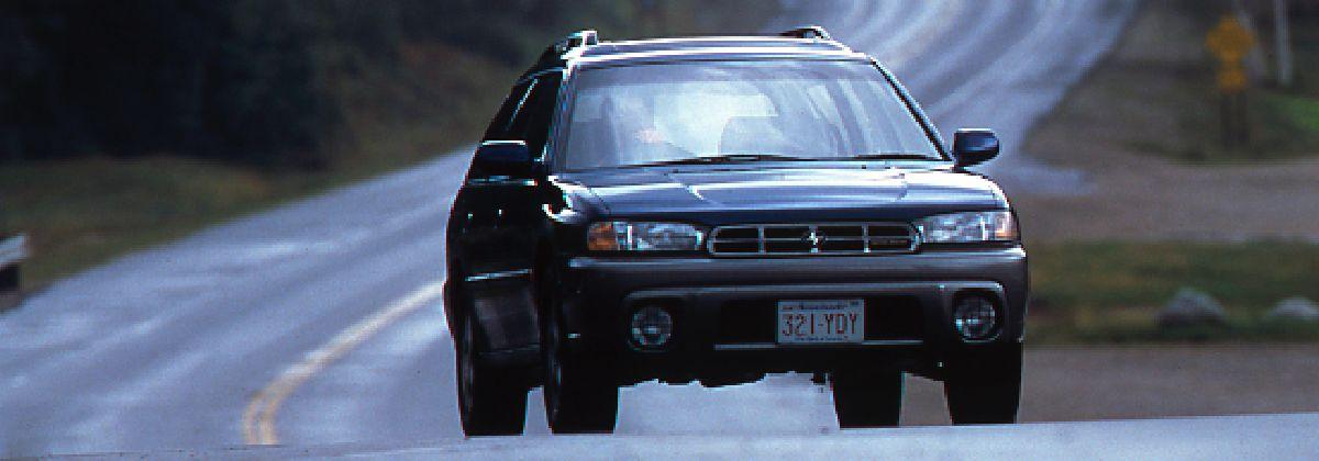 1993年 2代目レガシィ 「ファーストカーにワゴン」という価値を創造